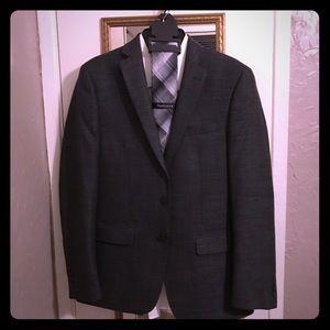 Van Heusen suit coat, shirt, tie